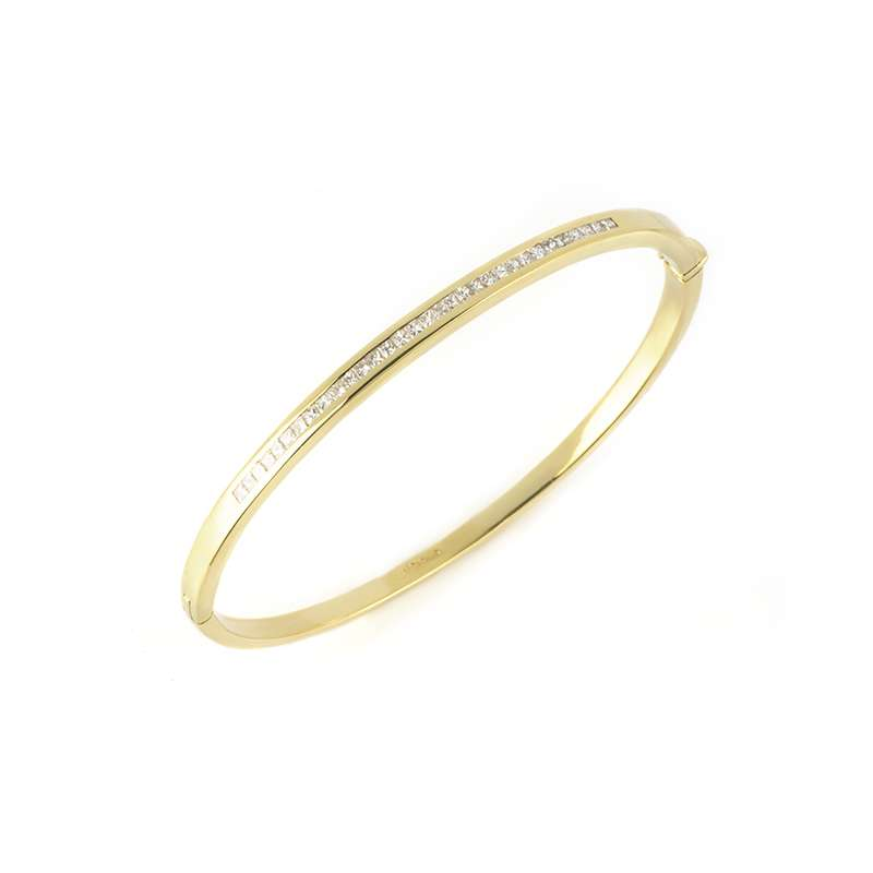 18k Yellow Gold Diamond Set Bangle